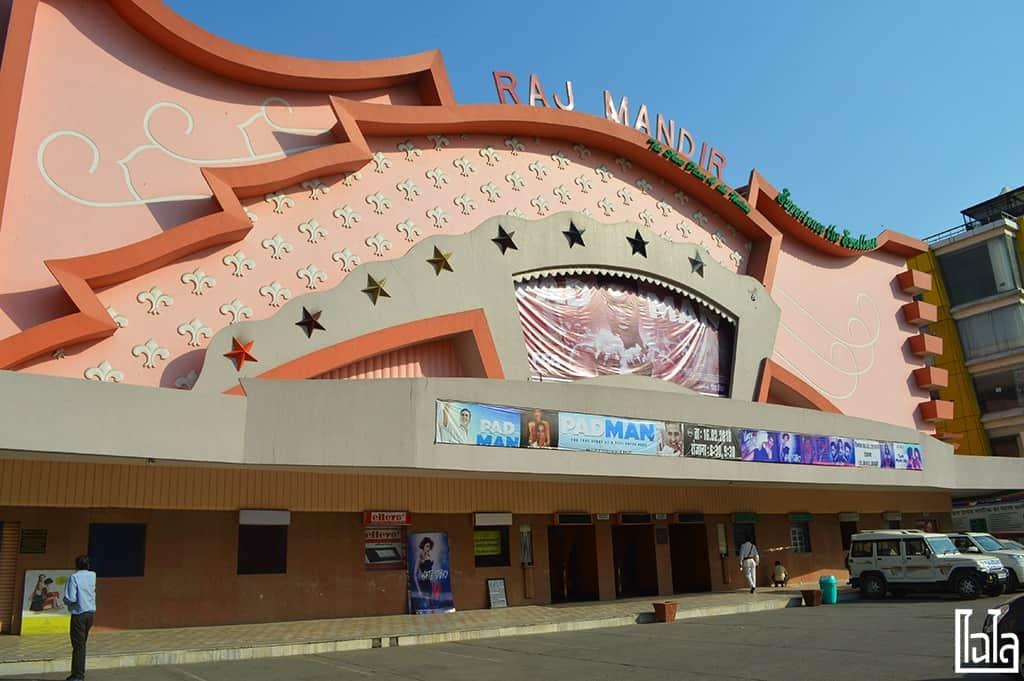 Raj Mandir Cinema Jaipur (1)